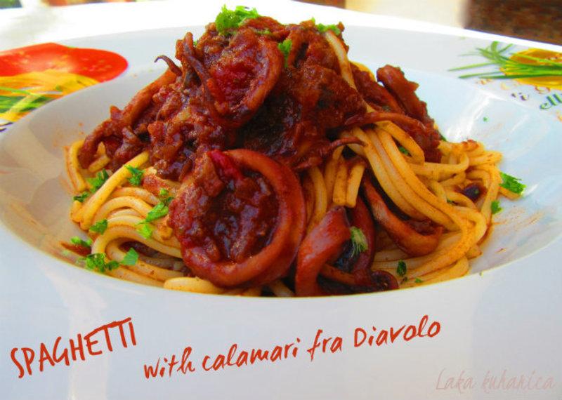 Spaghetti with calamari fra Diavolo
