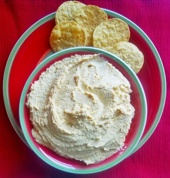 Easy Lemon Garlic Hummus