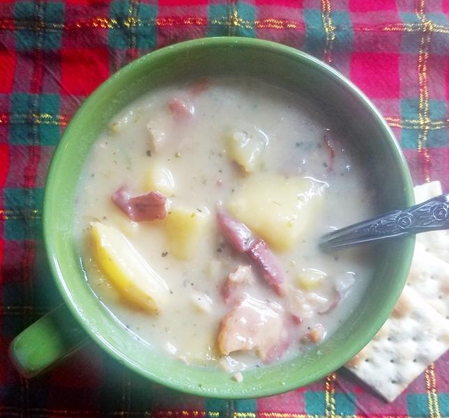 Creamy Potato and Peppered Bacon Soup