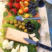 How to Build a Perfect Appetizer Board