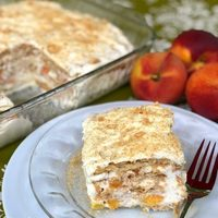 Peaches & Cream Icebox Cake #SummerDessertWeek