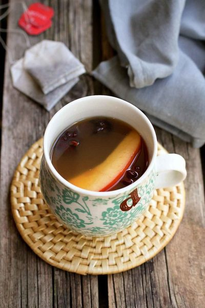 Chai Hot Apple Cider Recipe {Crockpot}