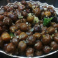 Karuppu Kondakadalai (Black Chickpeas) Sundal