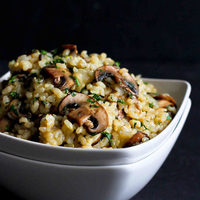 Toasted Brown Rice with Mushrooms & Thyme Recipe