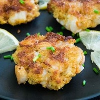 Shrimp Cakes with Chipotle Spice