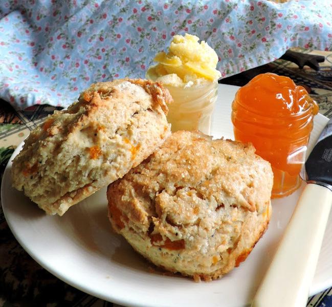 Tender Peach & Vanilla Scones