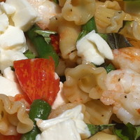 Pasta with Shrimp & Green Beans in Red Pepper Oil